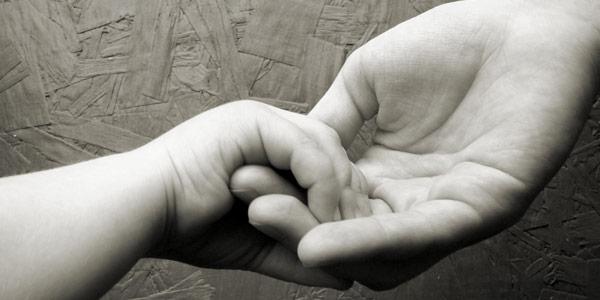 Dua pasang jemari bayi. Gambar: SXC